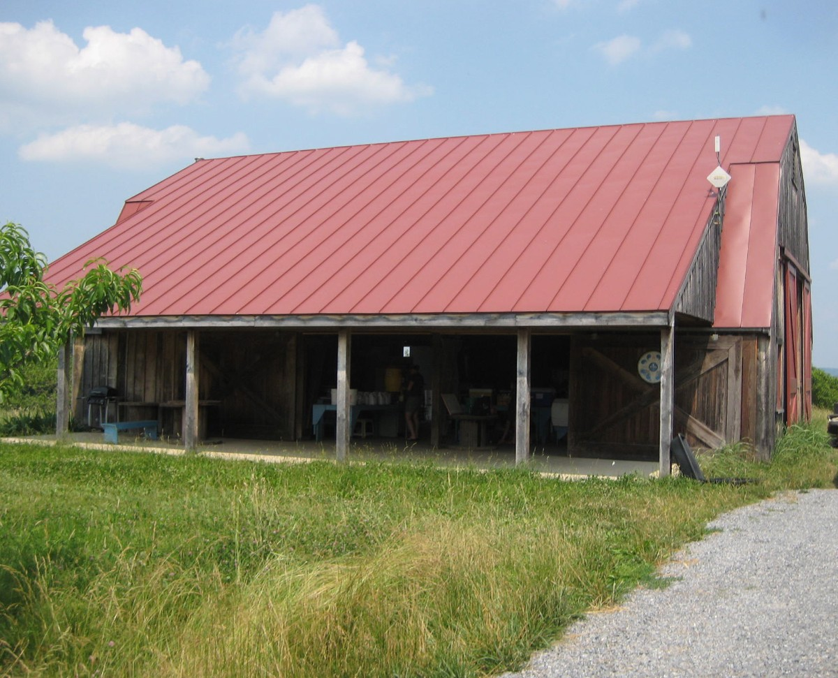 Site of many weddings and barn dances, this barn now serves as the location for the Moutoux Whole Food CSA pickup